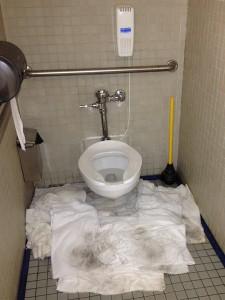 Bathroom-waterleaking-towel